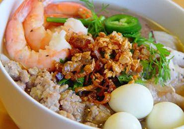 Hu tieu Nam Vang( Saigon Shrimp and Pork Chop Noodle soup)